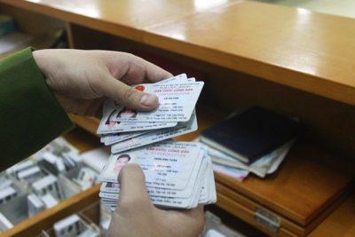 Bộ Công an đề xuất gắn chip trên thẻ căn cước công dân.