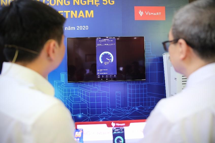 smartphone-5g-viet-nam-dau-tien-va-cong-nghe-dan-dat-den-tuong-lai-1